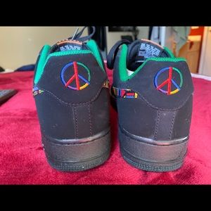 Air Force 1 peace